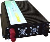 Преобразователь напряжения 12В - 220В в автомобиль. APT-2000